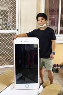 Jovem compra iPhone e recebe mesa