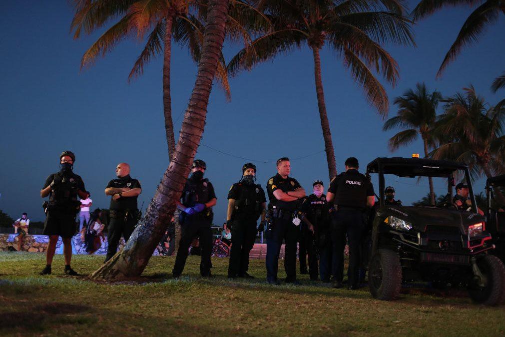 Miami decreta estado de emergência por Covid-19