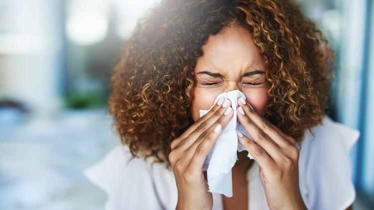 Rinite, alergia, nariz escorrendo - iStock - iStock